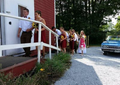maine-barn-weddings-midcoast-lake-24